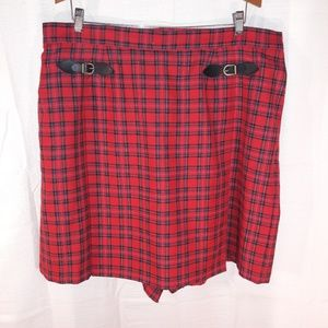 Elizabeth red plaid skirt size 20